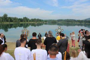 krstenje-na-jezeru-10